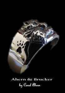 Ahern Brucker 18k limited edition wolf wedding sets